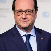 Francois Hollande's monthly €10,000 haircut